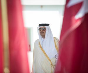 كيف يحاول «تميم» تجنيد الصحفيين الدوليين لتشويه العرب؟