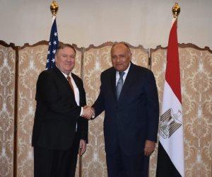 وزير الخارجية يعقد جلسة مباحثات مع نظيره الأمريكي