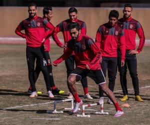 حسين الشحات يستعد لمباراة القمة بأداء مناسك العمرة