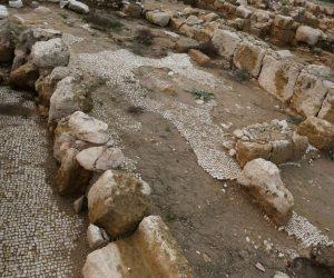 وما الجديد؟.. إسرائيل تمارس هوايتها وتحاول مسح تاريخ بلدة إسلامية (صور)