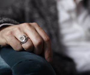 الخاتم بيتكلم.. تعرف على الصفات الشخصية من الإكسسوارات