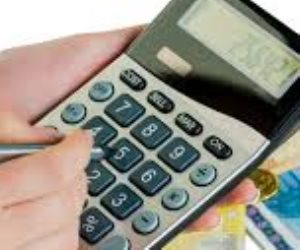 الخدمات المهنية والاستشارية بجدول ضريبة القيمة المضافة بين اللغط والقانون