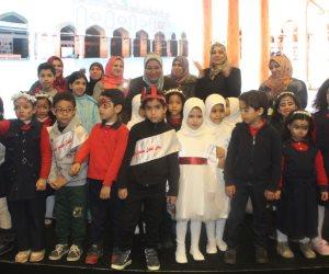 براعم الأزهر يتألقون في الكورال والعروض المسرحية بجناح الأزهر في معرض القاهرة للكتاب