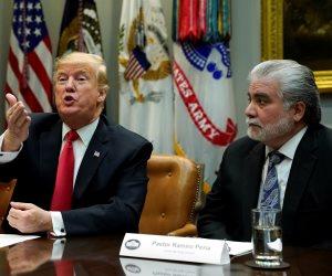 جولة حول العالم.. إنهاء الإغلاق الحكومي بأمريكا و 2.5 مليون معتمر في السعودية