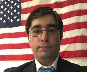رضا برجي: الإيرانيون يبحثون عن الديمقراطية وطهران لن تتخلى عن برنامجها النووي (حوار)