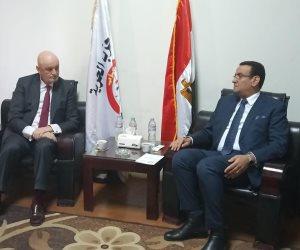 متحدث البرلمان يستعرض مع السفير الأسباني بالقاهرة القضايا السياسية والاقتصادية (صور)
