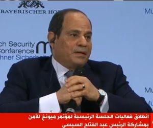 """السيسى: نرفض توصيف الأقباط بـ""""الأقلية"""" و30 مليون مصرى رفضوا الحكم المتطرف"""