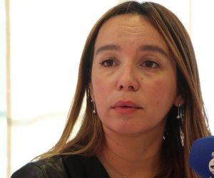 إعلامية تونسية تفحم كتائب الإخوان الإلكترونية بأربعة أسئلة نارية
