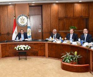خطوات نحو تحويل مصر لمركز إقليمي للطاقة.. مشروعات خطوط الأنابيب أبرزها