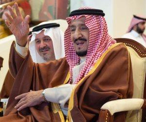 لماذا بكى الملك سلمان بن عبد العزيز؟ (فيديو)
