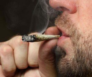 علوم مسرح الجريمة (5): نموذج لتحليل المخدرات العشوائي للموظفين ومدة بقاء المخدر