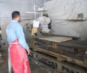 شق الثعبان في مهب الريح.. الصينيون يسيطرون على صناعة الرخام