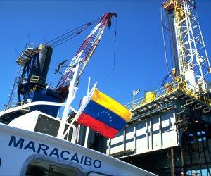 على مدار 10 سنوات.. كيف انهارت صناعة النفط في فنزويلا؟