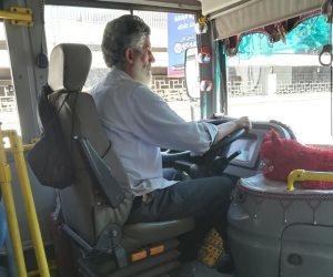 «النظافة حلوة مفيش كلام».. سائق نقل عام يهتم بنظافة «أتوبيسه» والمواطنون: يجب تكريمه (صور)
