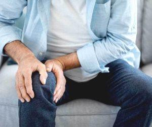 كيف تعالج التهاب المفاصل بزيت الزيتون والمكسرات والسمك والثوم؟