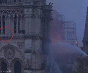 بعد فيديو المؤامرة.. صور تحسم هوية الرجل بكاتدرائية نوتردام