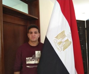 شبابها سندها.. «عصام» أول شاب مصرى يصوت على التعديلات الدستورية في بكين