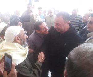 بيبو بيبو الله يا خطيب.. رئيس «الأهلي» يحث أهالي قريته بالدقهلية على المشاركة بالاستفتاء