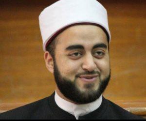 «الشيخ الشطاف» يثير الجدل على مواقع التواصل في نهار رمضان.. والإفتاء تحسم