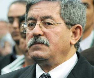 الحبس المؤقت لرئيس الوزراء الجزائري أحمد أويحيى