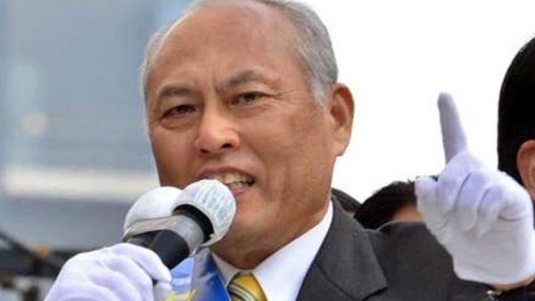 حاكم طوكيو يستقيل على خلفية فضيحة إنفاق