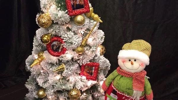 «رجل الثلج» في بورسعيد: راحت عليك يا «بابا نويل»