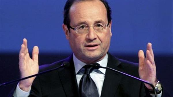 «أولاند» يدعو لإجراء المفاوضات السورية تحت رعاية الأمم المتحدة