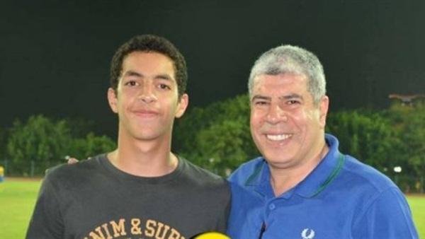«نجل شوبير» في تدريبات الفريق الأول للأهلي