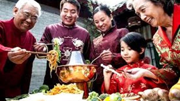 وداعًا لعام القرد.. الصينيون يحتفلون بسنة «الديك»