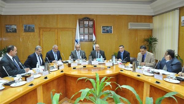 انطلاق قافلة جامعة كفر الشيخ التوعوية لـ3 قرى بمطوبس