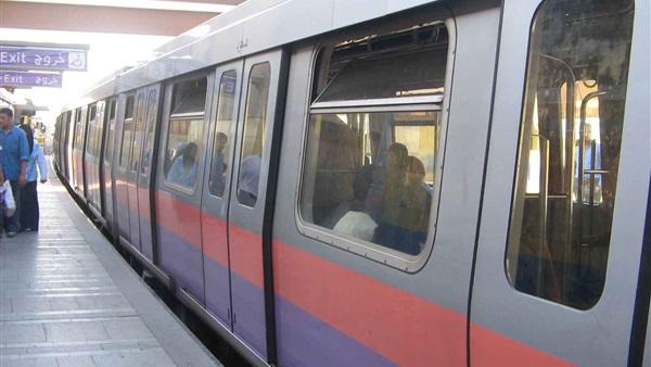 مدير شرطة النقل يتفقد الخدمات الأمنية بمحطات المترو