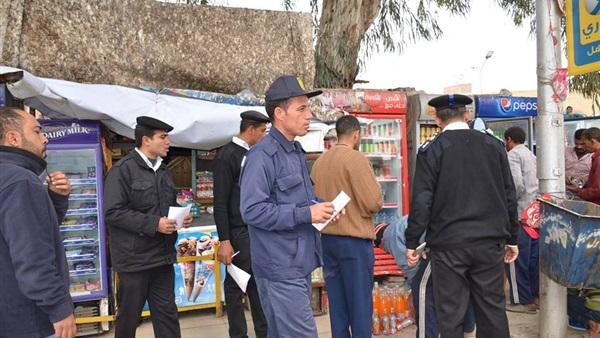 محافظ الإسماعيلية يتفقد حملات إزالة الإشغالات بالشوارع (صور)