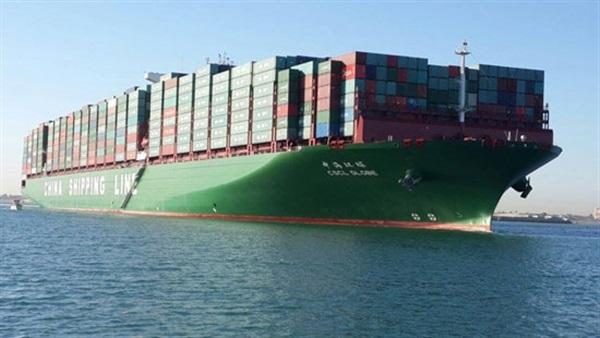 مركب بضائع ترسل استغاثة بتعطلها في البحر الأحمر