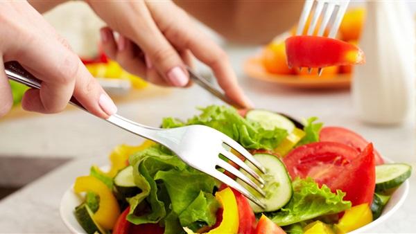 الأغذية الخفيفة سلاحك لمواجهة اضطرابات الساعة البيولوجية