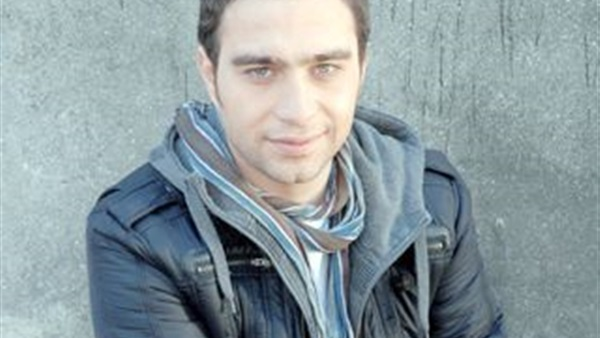 حسام حبيب يستعد لشم النسيم
