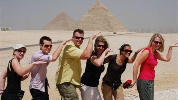 الألمان الأكثر حجزًا لمصر بالتزامن مع زيارة «ميركل»