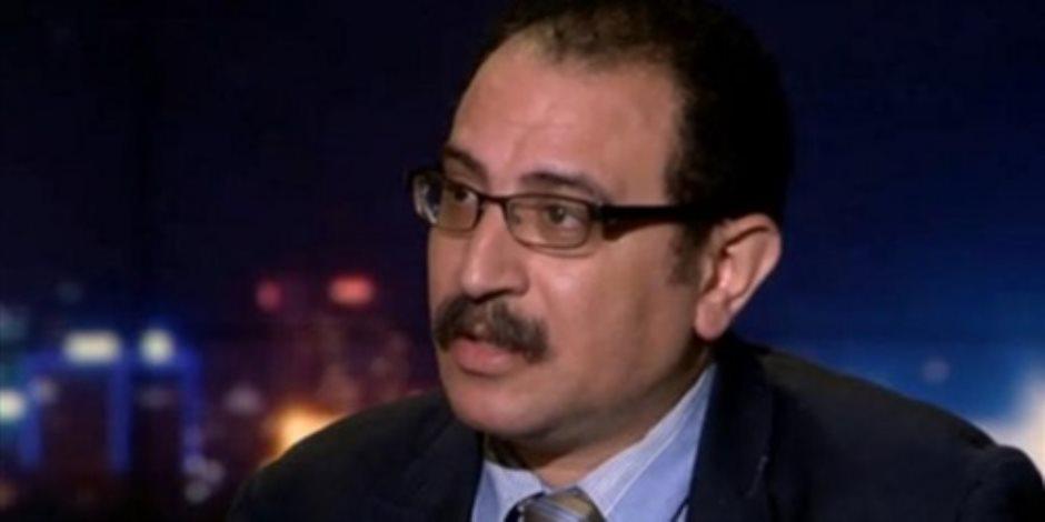 طارق فهمي استاذ العلوم السياسية بالجامعة الأمريكية