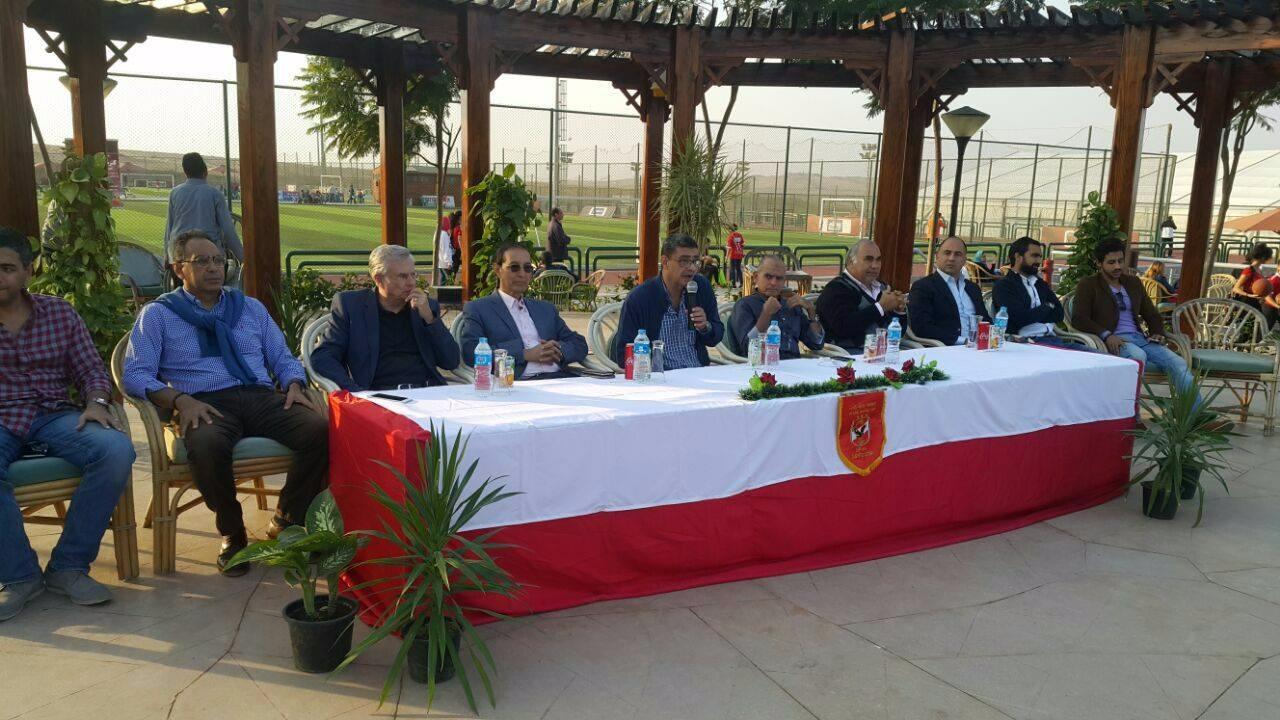 محمود طاهر في ندوة انتخابية