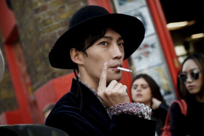 non-smokers-extra-holiday-piala-tokyo-59f9803547b64__700
