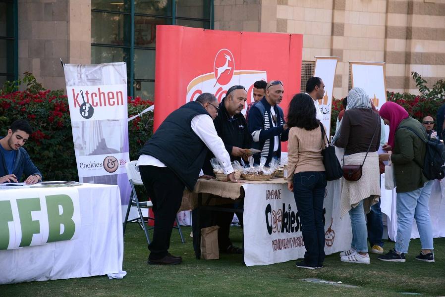 الجامعة الأمريكية بالقاهرة تنظم صنع في مصر لتشجيع الشركات المصرية (4)