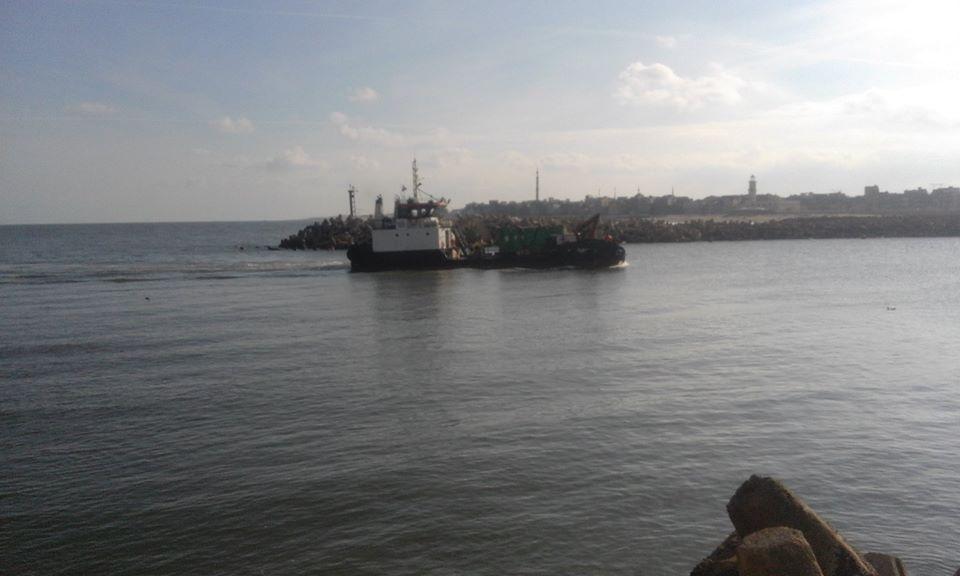 3- سوء الاحوال الجوية بميناء البرلس