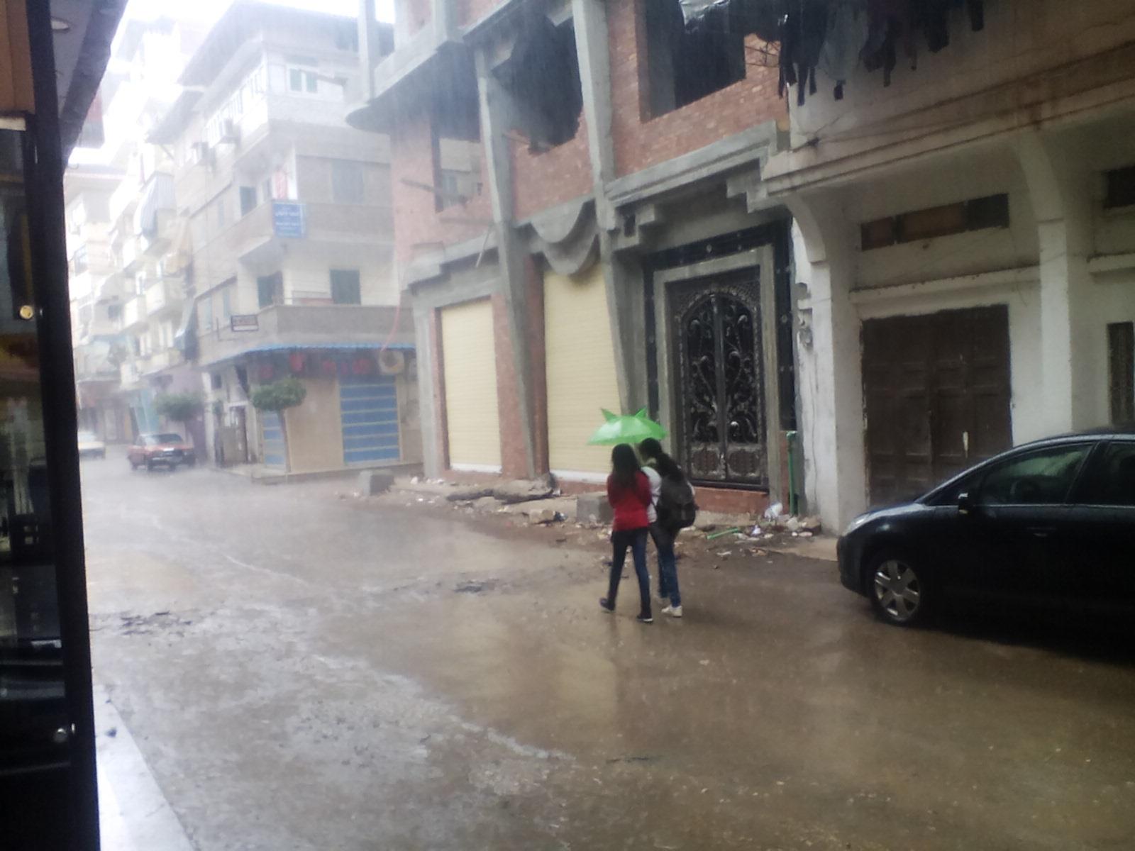 سقوط أمطار غزيرة على مدن دمياط (1)