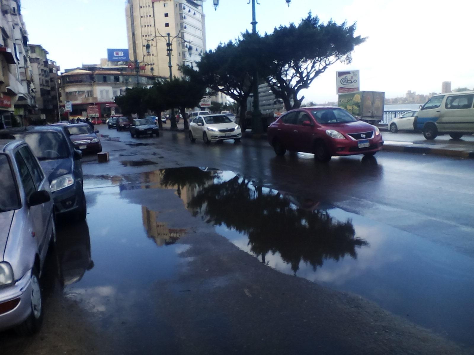 سقوط أمطار غزيرة على مدن دمياط (4)