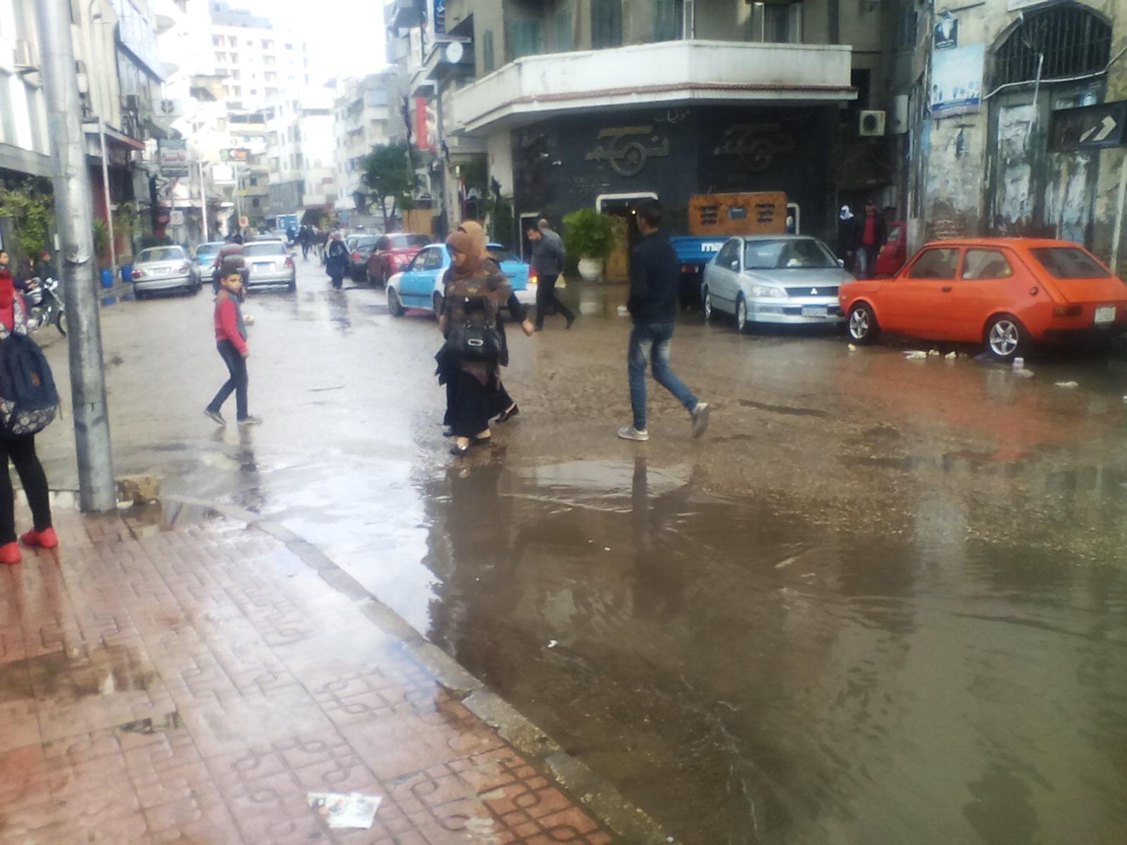 سقوط أمطار غزيرة على مدن دمياط (3)