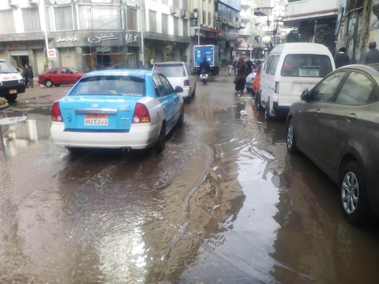 سقوط أمطار غزيرة على مدن دمياط (2)