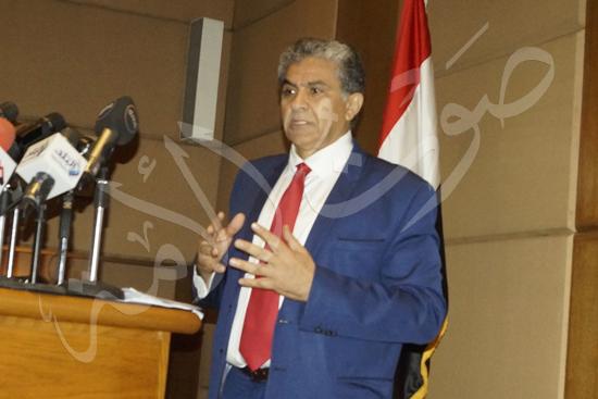 وزير البيئة (7)