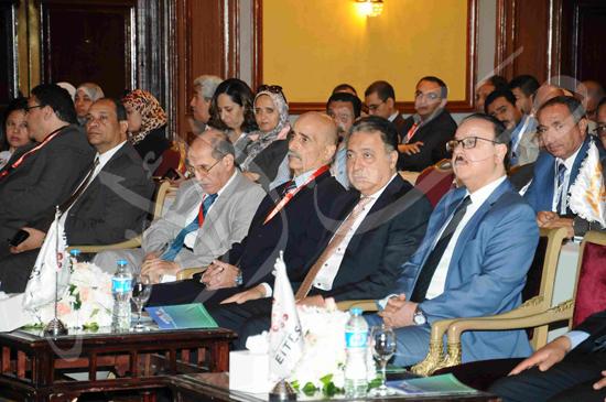 المؤتمر الاول لجمعية اتصال بحضور وزيرى الاتصال والصحة (13)