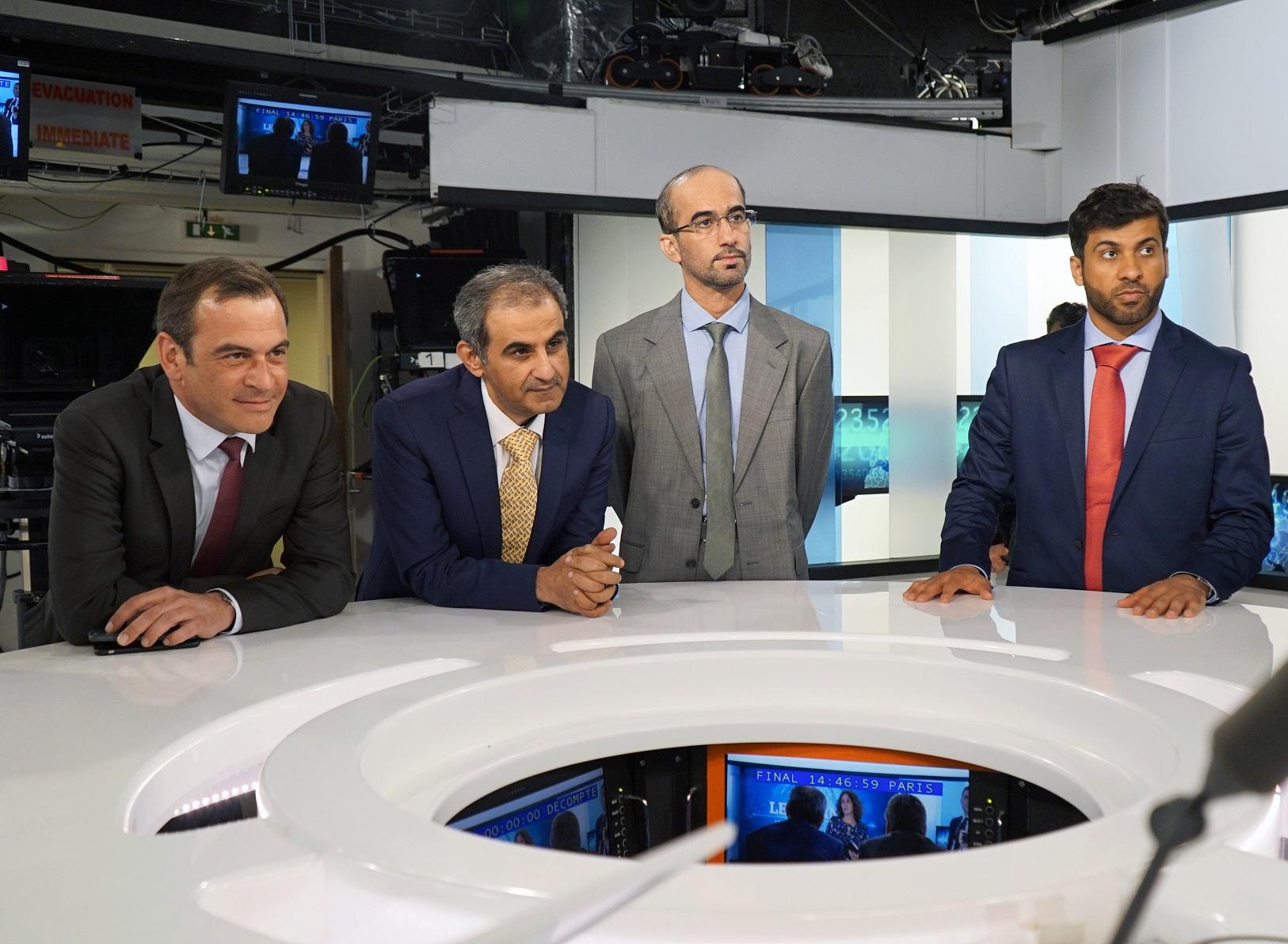 جانب آخر في في قناة tv5