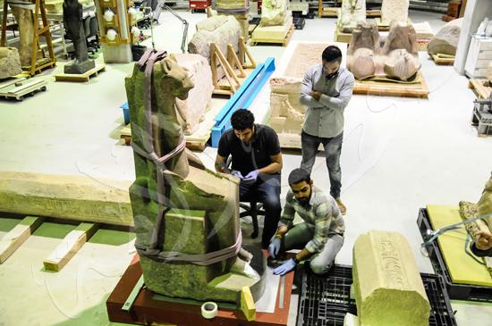 ترميم آثار المتحف الكبير (4)