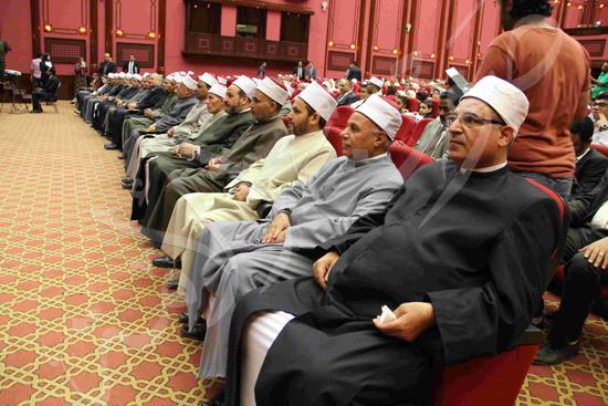 الاحتفال بالفائزين فى مسابقة تحدى القراءة العربية (10)
